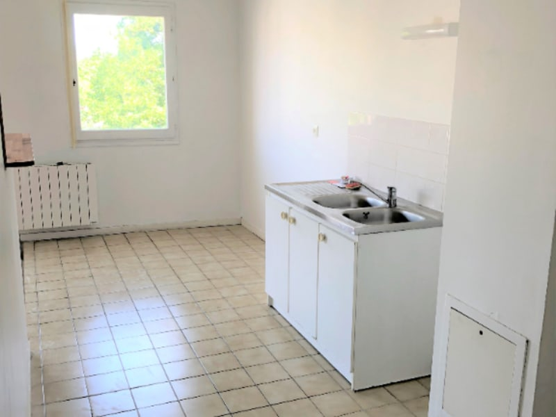 Rental apartment Beauchamp 806€ CC - Picture 5