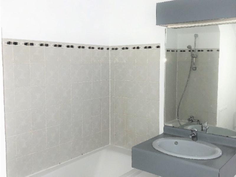 Rental apartment Beauchamp 806€ CC - Picture 11