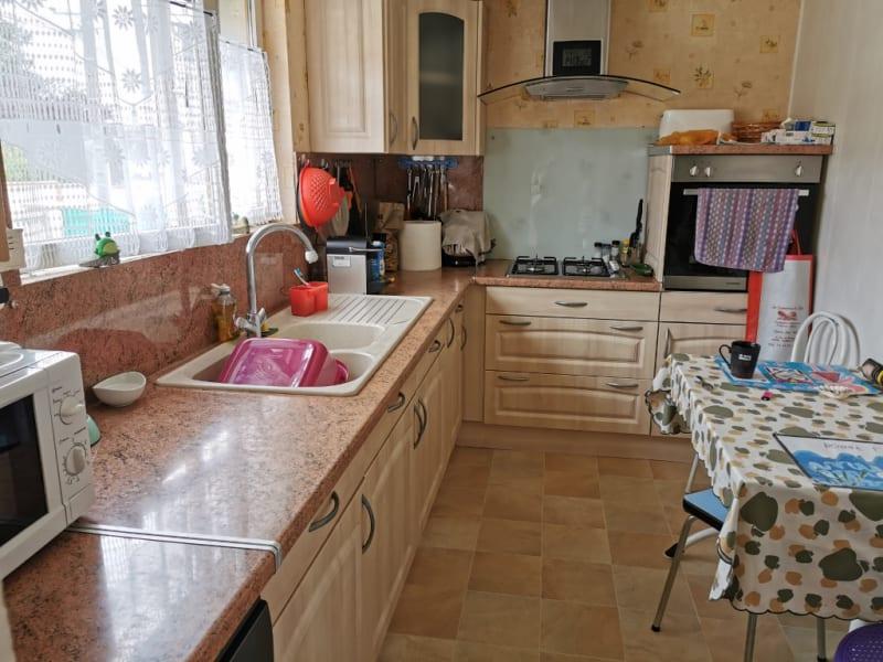 Sale house / villa Neuilly en thelle 260000€ - Picture 3