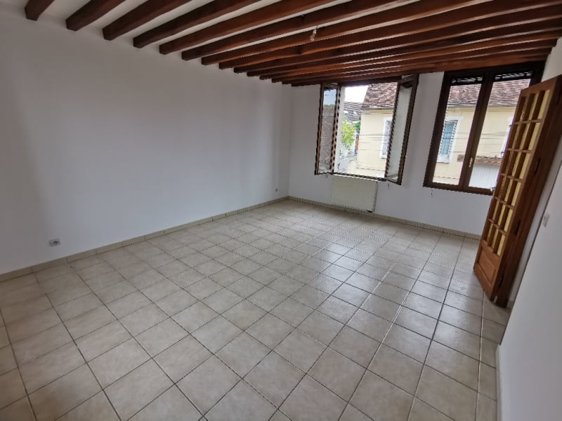 Sale apartment Neuilly en thelle 215000€ - Picture 2