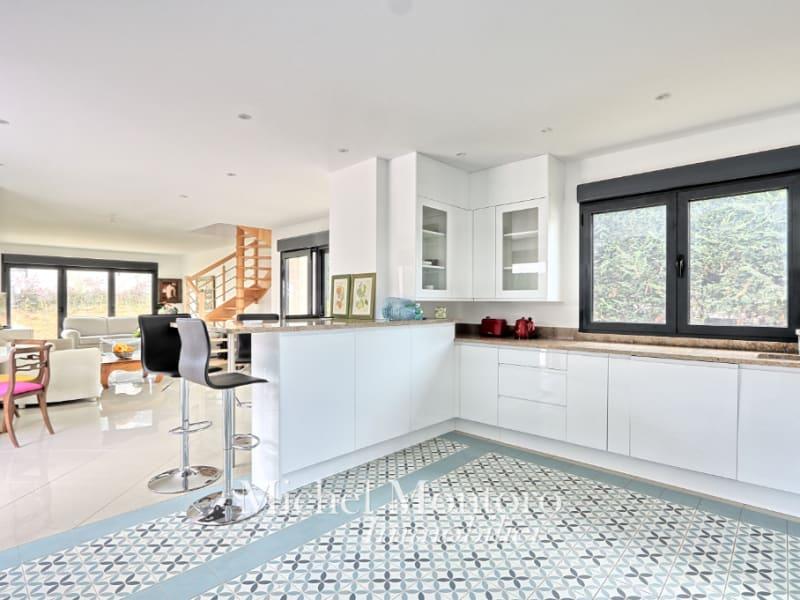 Sale house / villa Saint germain en laye 1125000€ - Picture 2