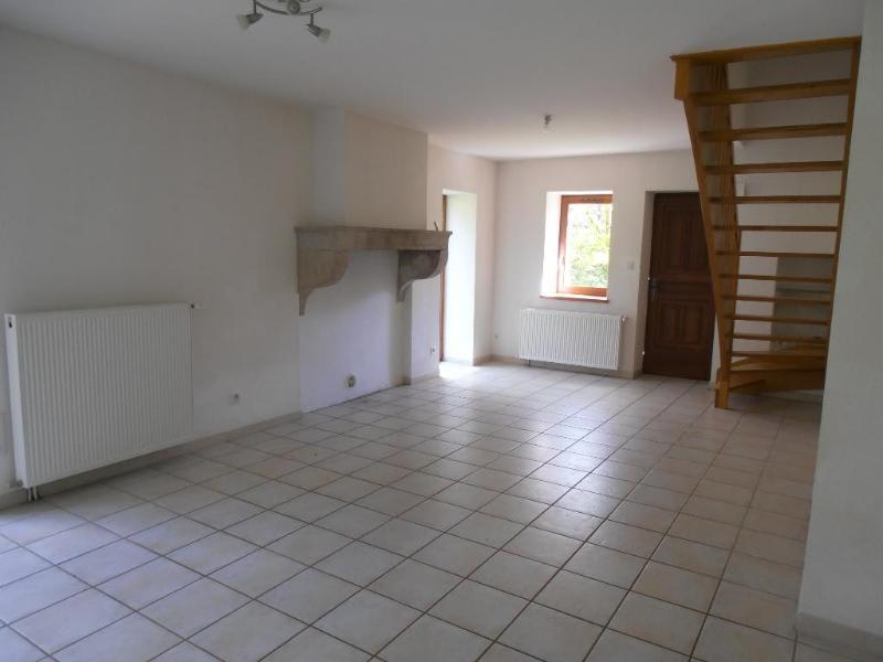 Location appartement Leyssard 572€ CC - Photo 2