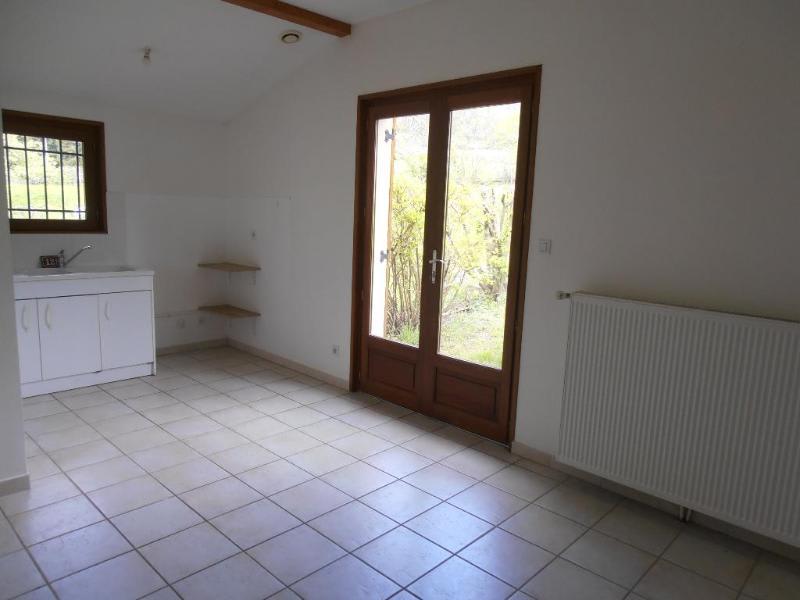 Location appartement Leyssard 572€ CC - Photo 6