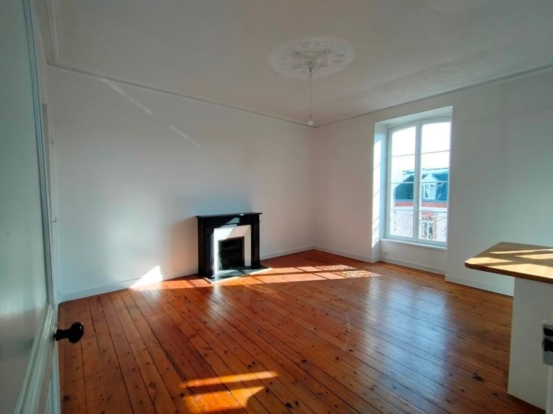 Sale apartment Quimper 185000€ - Picture 1