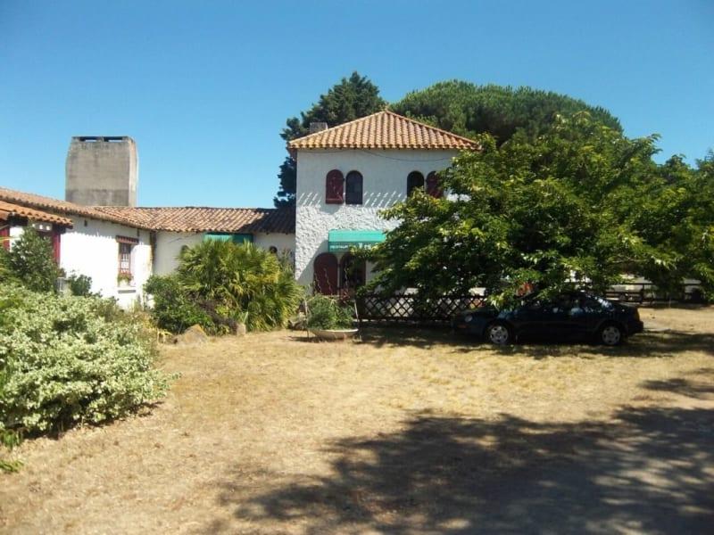 Sale house / villa Les sables-d'olonne 445200€ - Picture 3