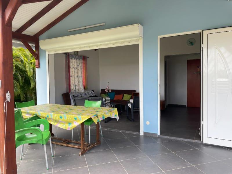 Location maison / villa Saint francois 1400€ CC - Photo 6