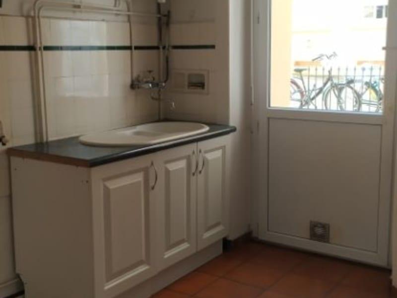 Rental apartment Oullins 553€ CC - Picture 5