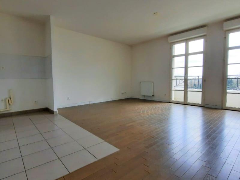 Locação apartamento Andresy 1134€ CC - Fotografia 2