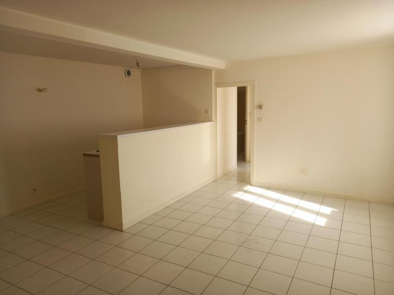 Location appartement Villefranche sur saone 521€ CC - Photo 2