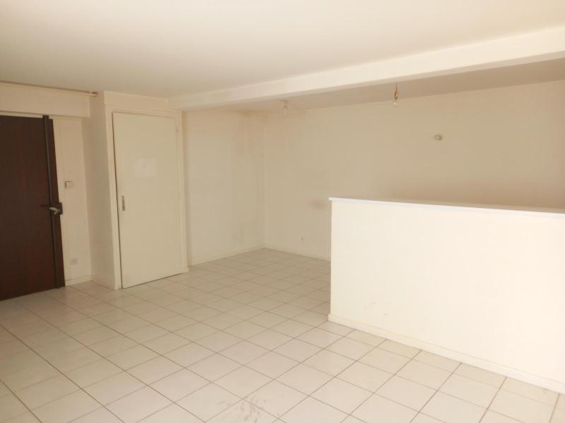 Location appartement Villefranche sur saone 521€ CC - Photo 3