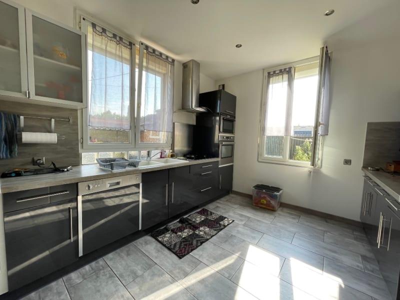 Sale house / villa Gisors 253640€ - Picture 2