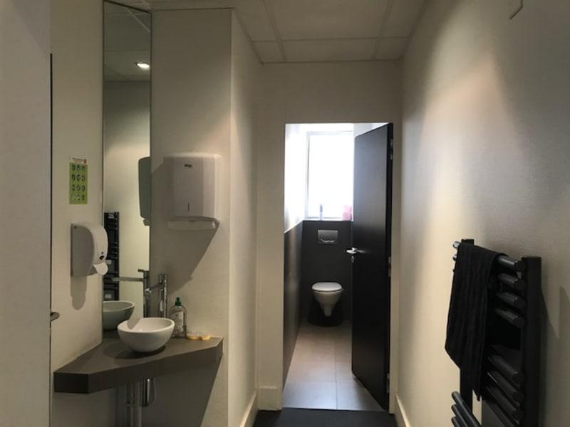Location local commercial Lyon 2ème 4021,20€ HC - Photo 6