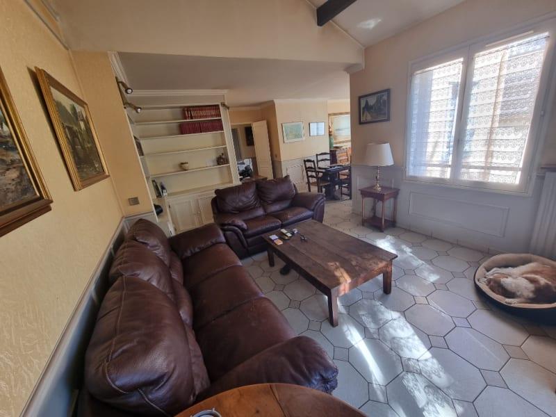 Sale apartment Eragny 296900€ - Picture 3