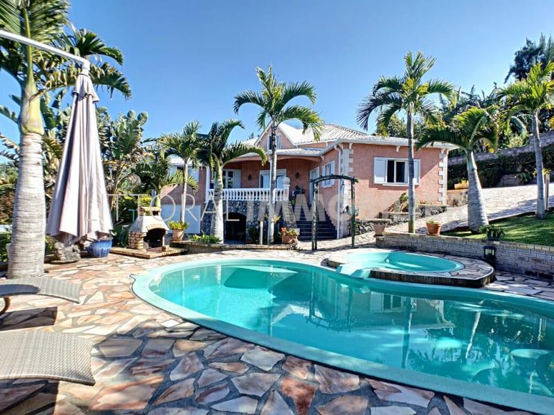 Vente maison / villa Les avirons 546000€ - Photo 1