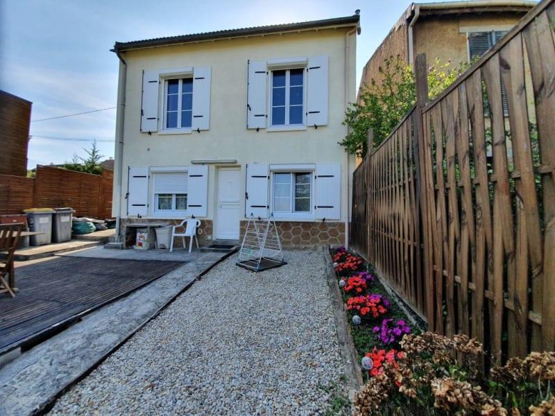 Rental house / villa Pont sur yonne 690€ CC - Picture 1