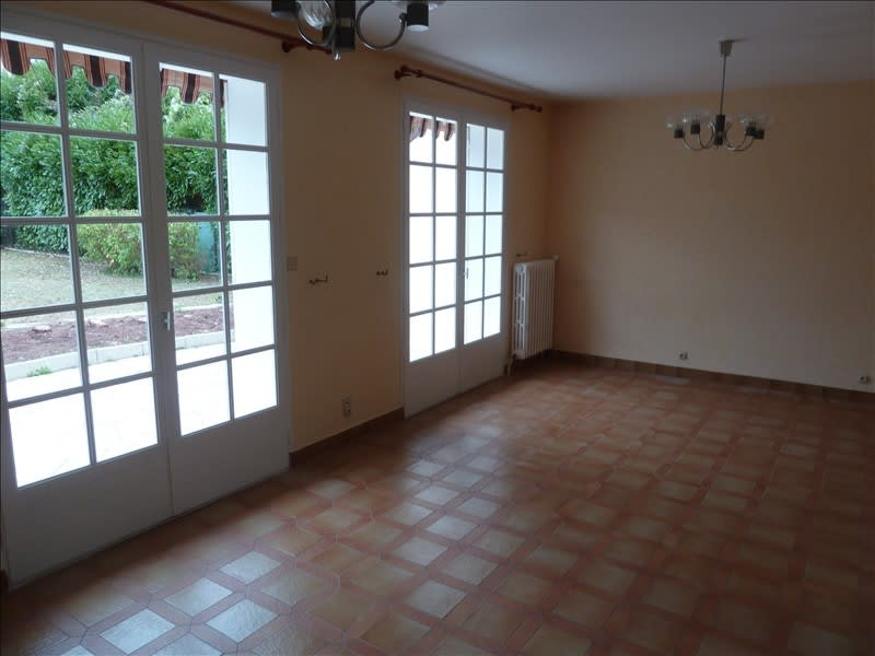 Rental house / villa L isle adam 1313,08€ CC - Picture 5