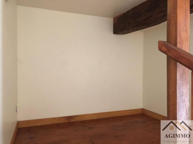Location appartement Solomiac 330€ CC - Photo 3
