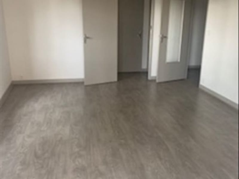Sale apartment Roanne 75600€ - Picture 3