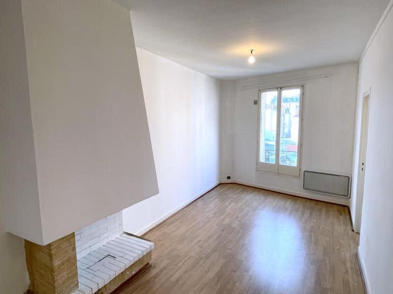 Rental apartment Le raincy 795€ CC - Picture 1
