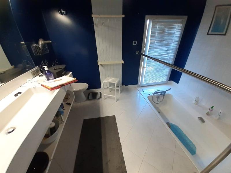 Vente maison / villa Lons le saunier 398000€ - Photo 8