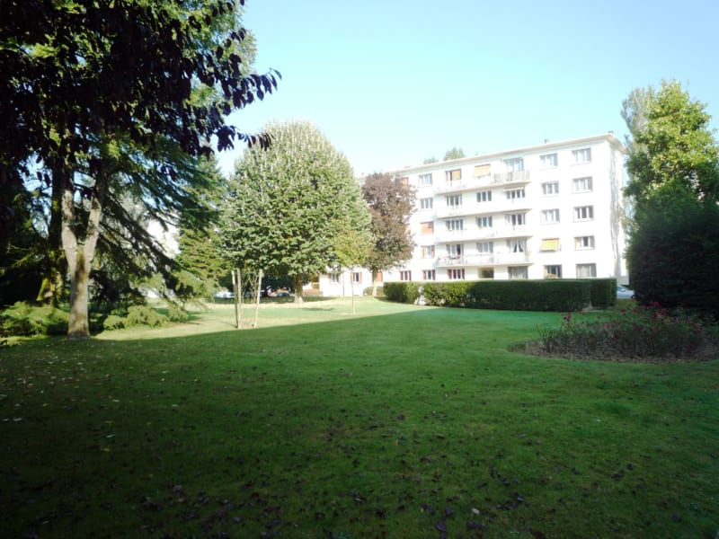 Sale apartment La celle saint cloud 298000€ - Picture 1