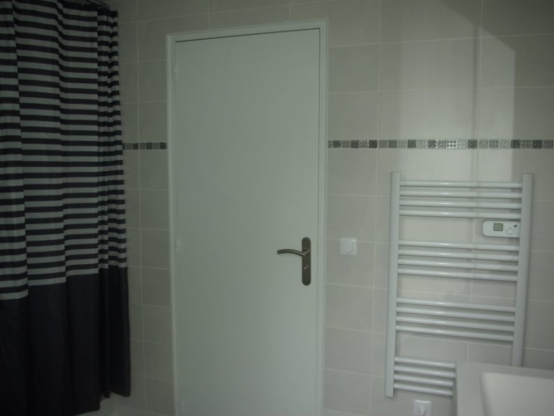 Rental apartment Livry gargan 950€ CC - Picture 5