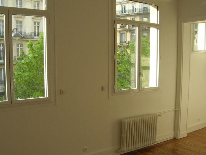 Location appartement Paris 8ème 1000€ CC - Photo 3