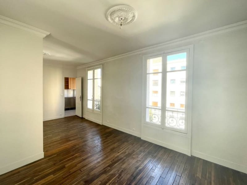 Rental apartment Courbevoie 1213€ CC - Picture 3