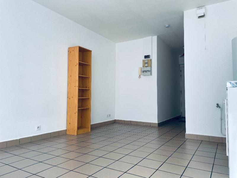 Location appartement Famars 345€ CC - Photo 9