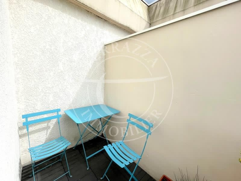 Sale apartment Le port marly 310000€ - Picture 1