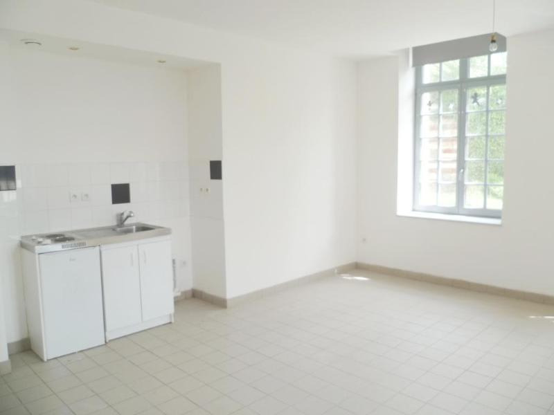 Location appartement Aire sur la lys 440€ CC - Photo 2