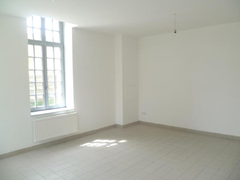 Location appartement Aire sur la lys 440€ CC - Photo 4