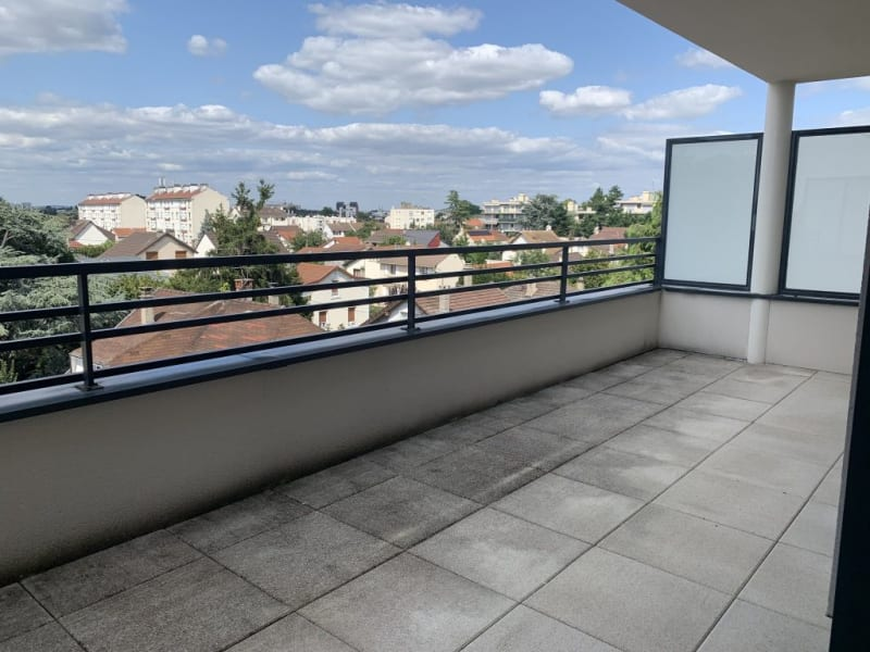 Rental apartment Livry gargan 770€ CC - Picture 2