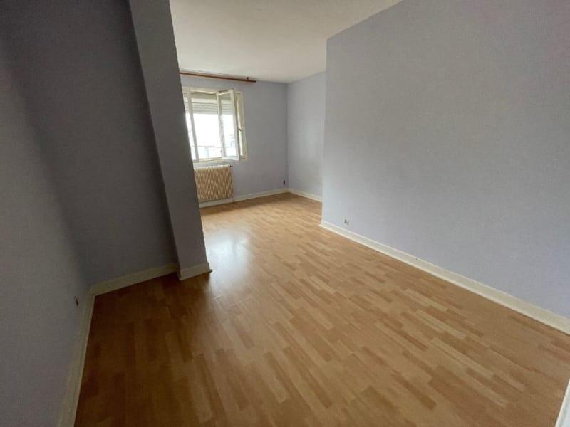 Rental apartment L union 560€ CC - Picture 3