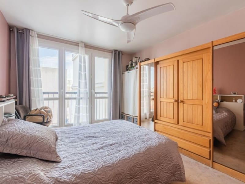 Sale apartment Courbevoie 549000€ - Picture 5