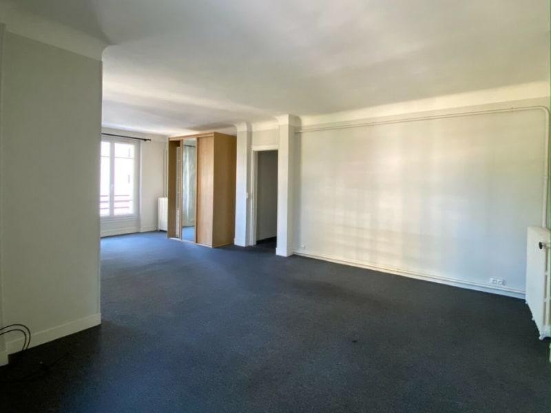 Rental apartment Courbevoie 1700€ CC - Picture 2