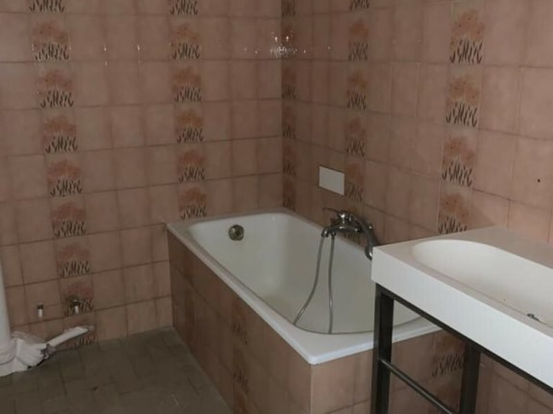 Rental apartment Courbevoie 990€ CC - Picture 4
