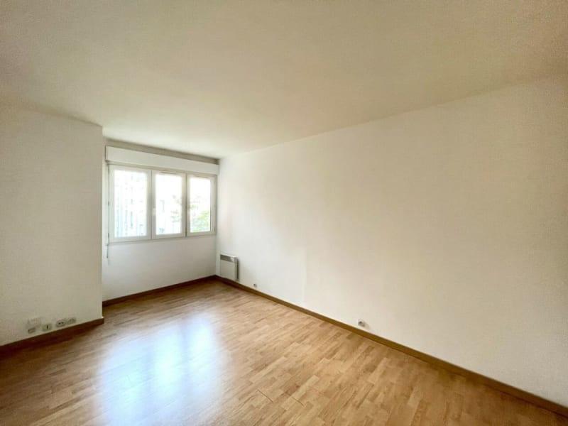 Rental apartment Asnières-sur-seine 703€ CC - Picture 2