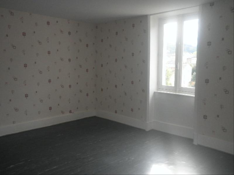 Location appartement Tarare 320€ CC - Photo 1
