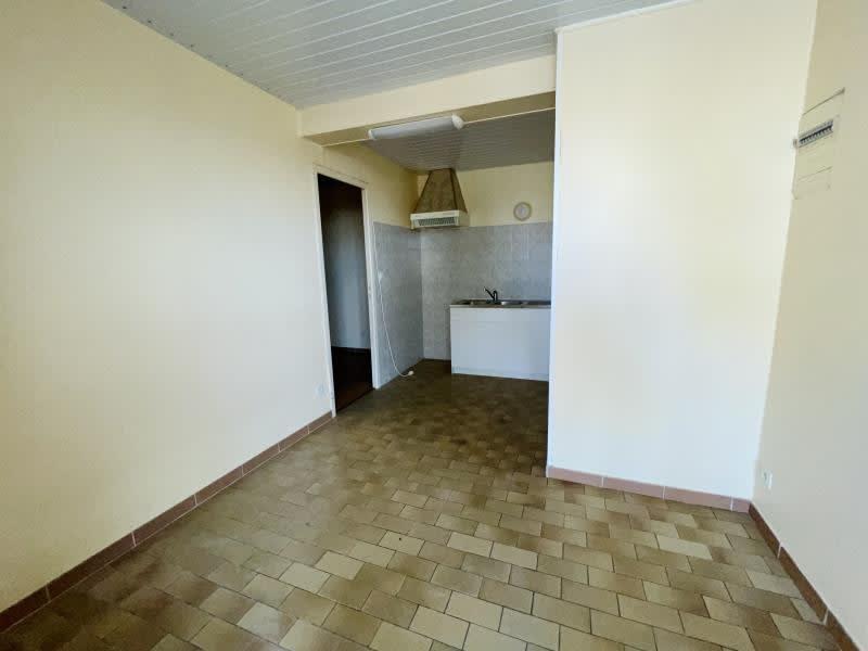 Rental apartment St barthelemy le plain 304,94€ CC - Picture 2