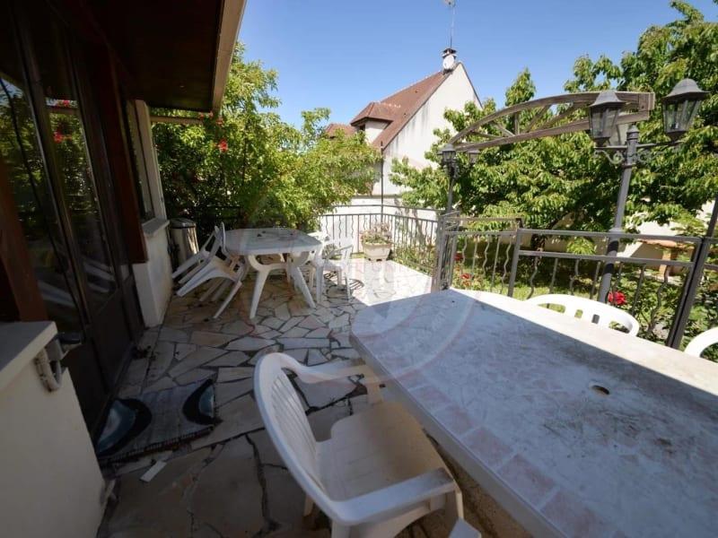 Vente maison / villa Neuilly-plaisance 650000€ - Photo 8