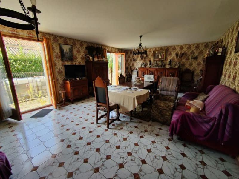 Sale house / villa Cherves richemont 203300€ - Picture 2