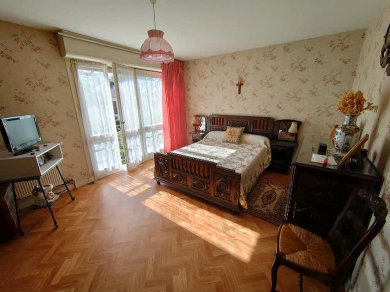 Sale house / villa Cherves richemont 203300€ - Picture 3