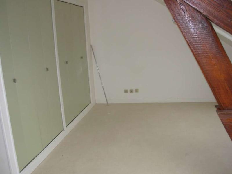 Location appartement Saint quentin 349€ CC - Photo 3