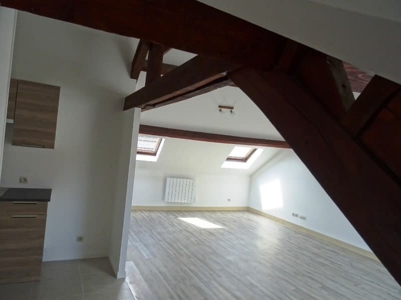 Location appartement Maule 670€ CC - Photo 3