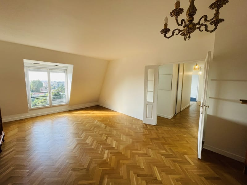 Sale apartment Le raincy 360000€ - Picture 2