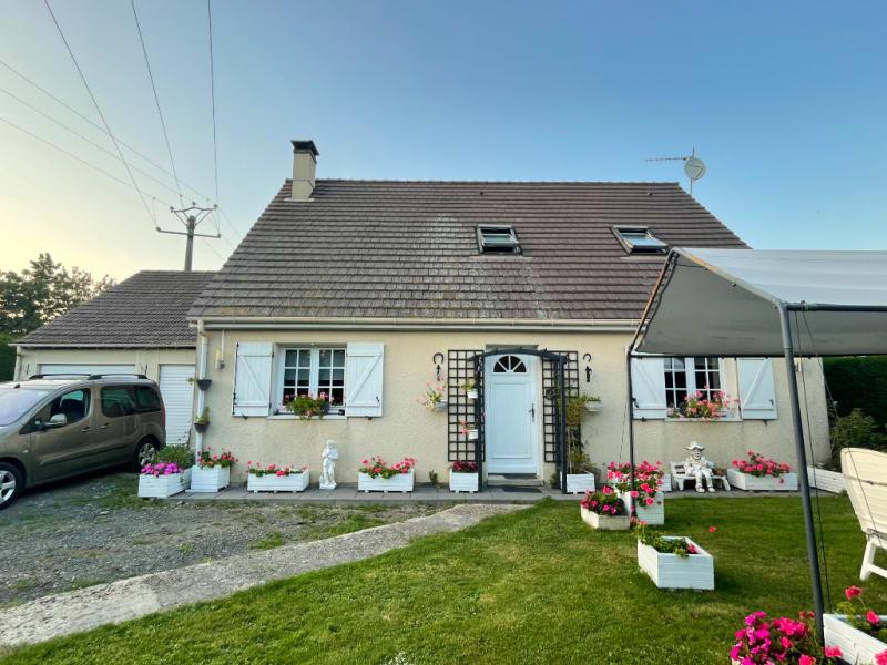 Sale house / villa Gisors 228750€ - Picture 1