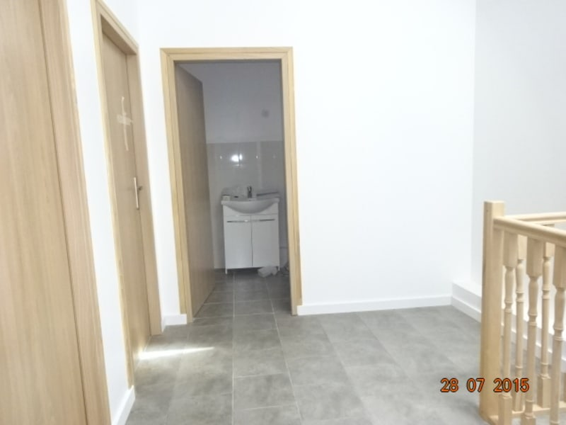 Location appartement St amour 408,29€ CC - Photo 4