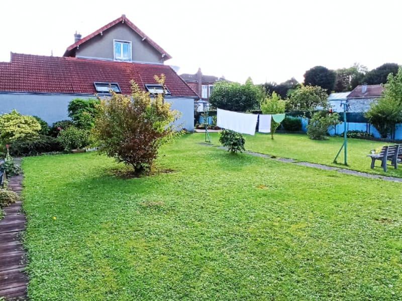 Sale house / villa Louvres 389000€ - Picture 1