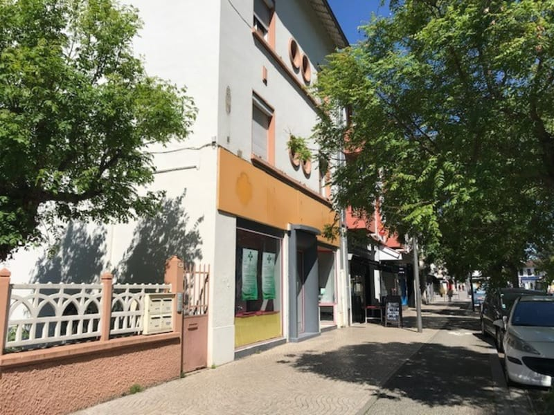 Location local commercial Bron 1150€ HC - Photo 2